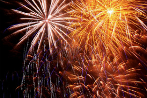 Southwark Park Fireworks by Barney Moss CC Flickr - thumb