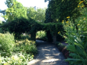Ada Salter Garden 2014 - thumb