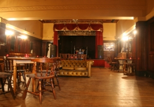 Ivy House Nunhead - interior w stage
