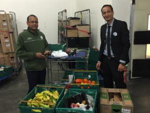 Vik and Islam with surplus food - thumb
