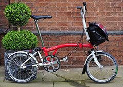 Brompton bicycle by Number 10 CC Flickr