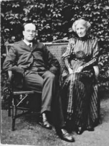 Salter Ada & Alfred in garden - thumb