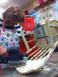 Sanding chair - thumb
