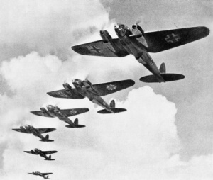 Heinkel_He_111_during_the_Battle_of_Britain Public Domain - thumb