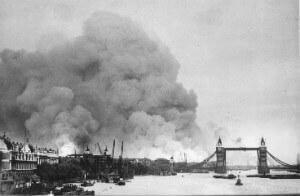 Surrey Docks on fire - 7 Sept 1940